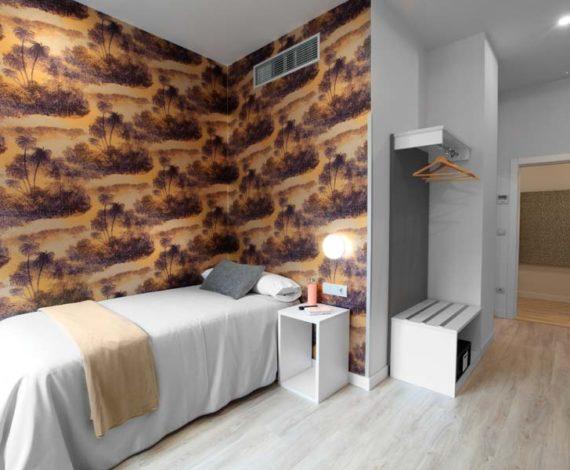 Habitación individual espaciosa con vistas al exterior en alojamiento de Eibar, Gipuzkoa