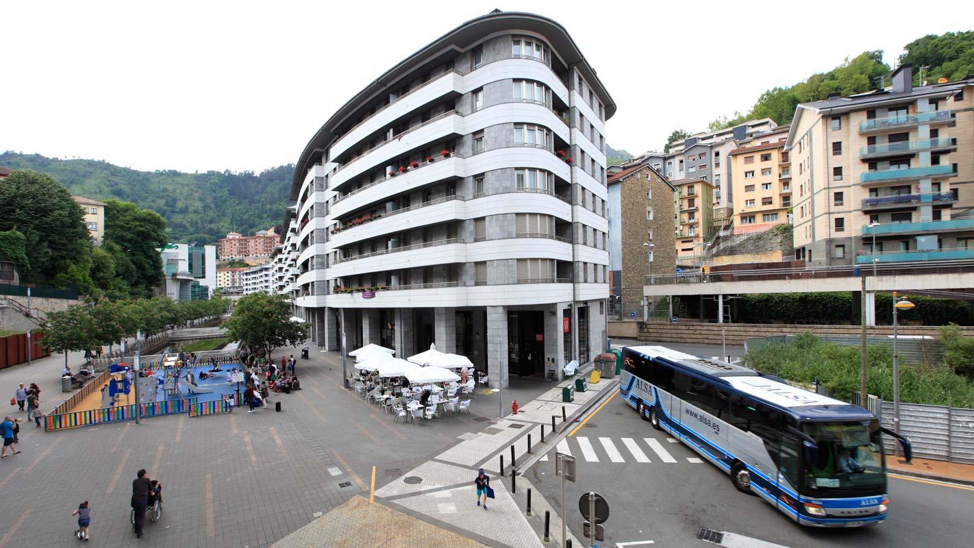 EIBARROOMS Auto Check-in, tu alojamiento en el centro de Eibar